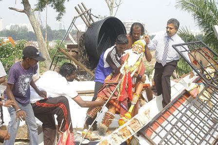 Hindu temples demolition