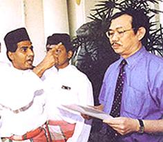 UMNO threated to burn down MCPA KL